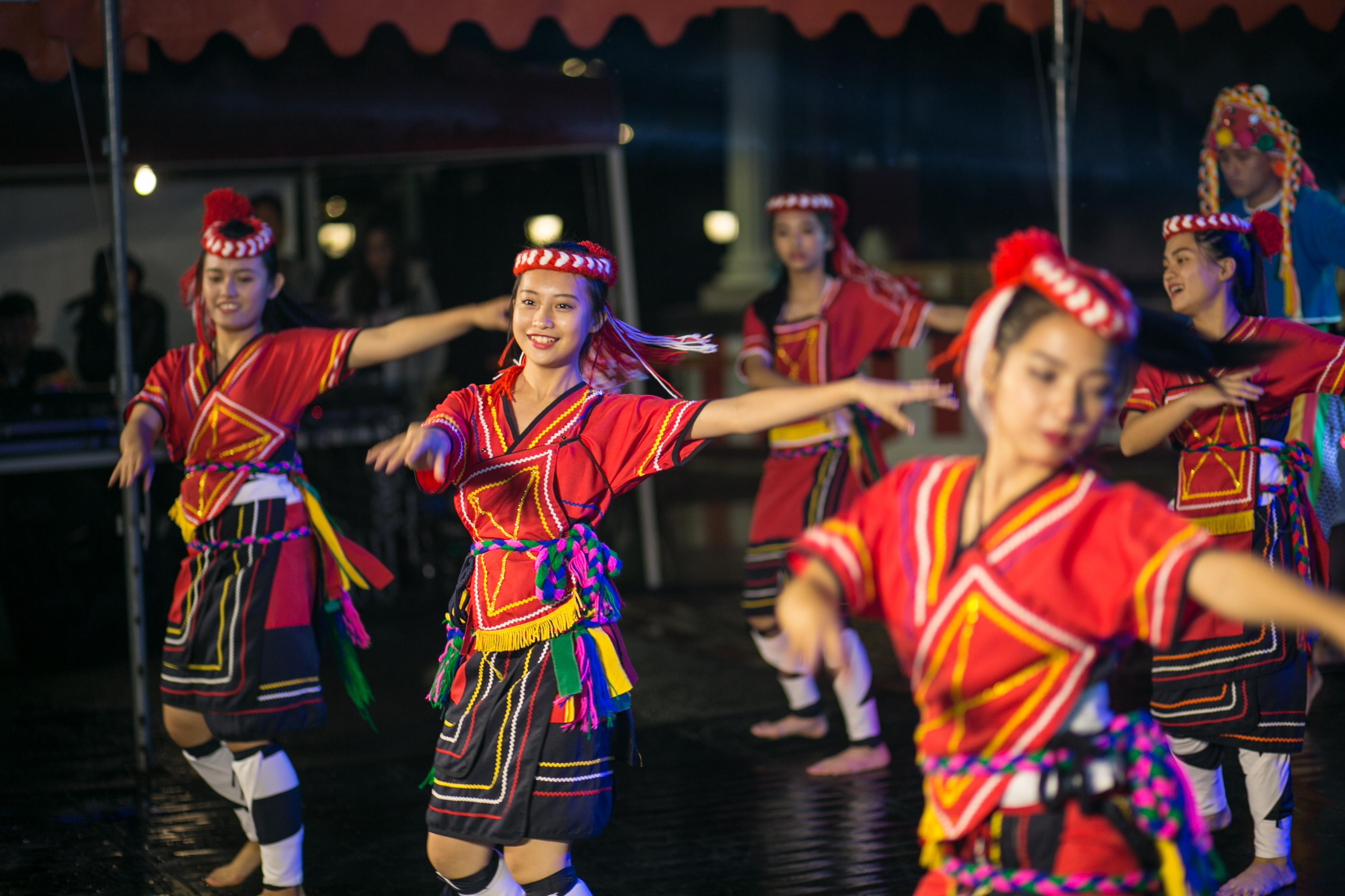 花都藝術季在谷關溫泉,原住民舞蹈,台中婚錄推薦9