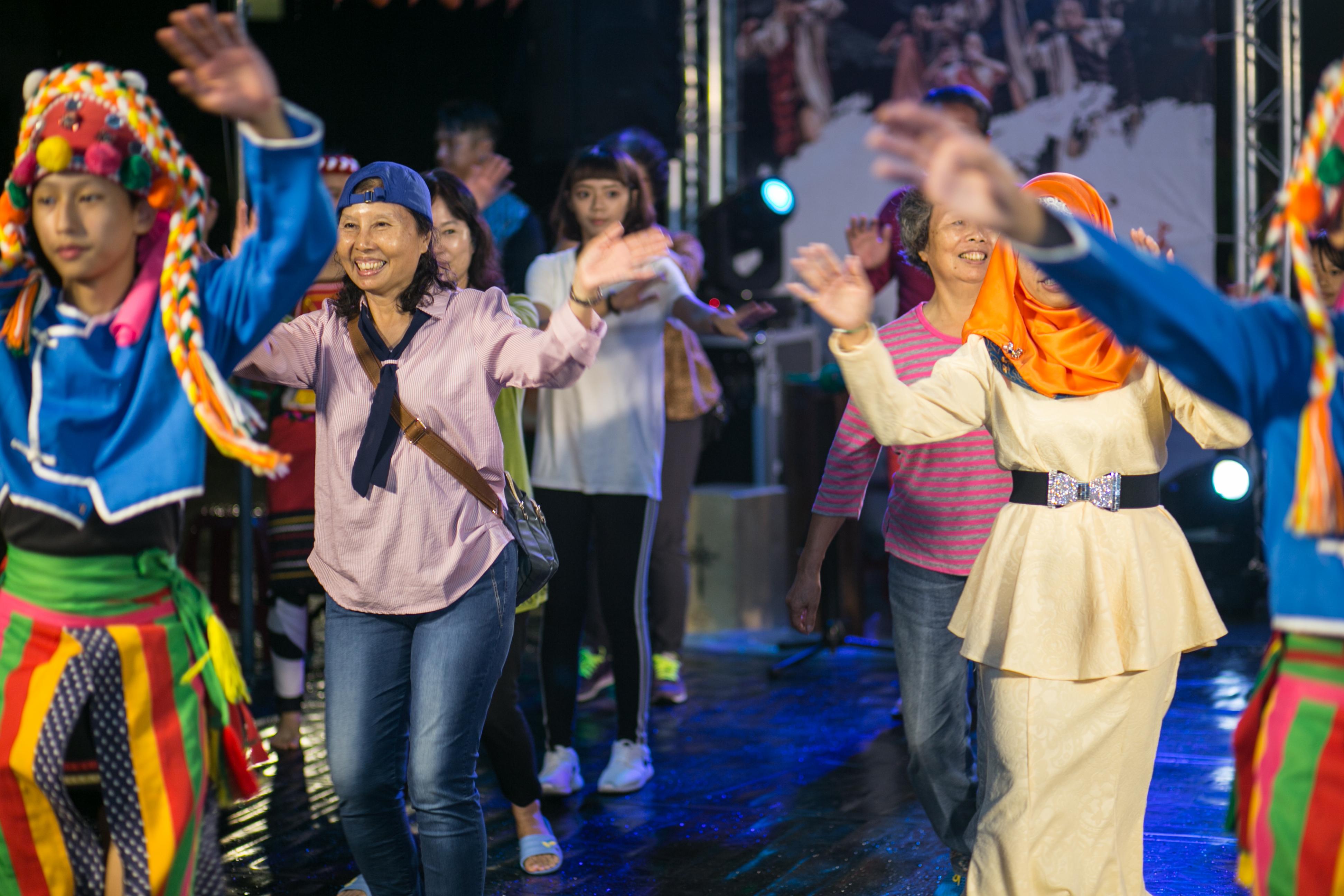 花都藝術季在谷關溫泉,原住民舞蹈,台中婚錄推薦15